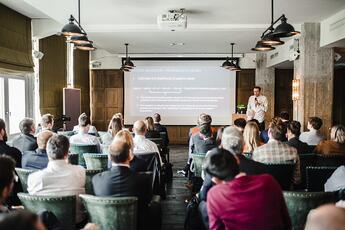 Tim Pohlmann from IPlytics presenting at AI-enabled Tech Foresight Summit Berlin